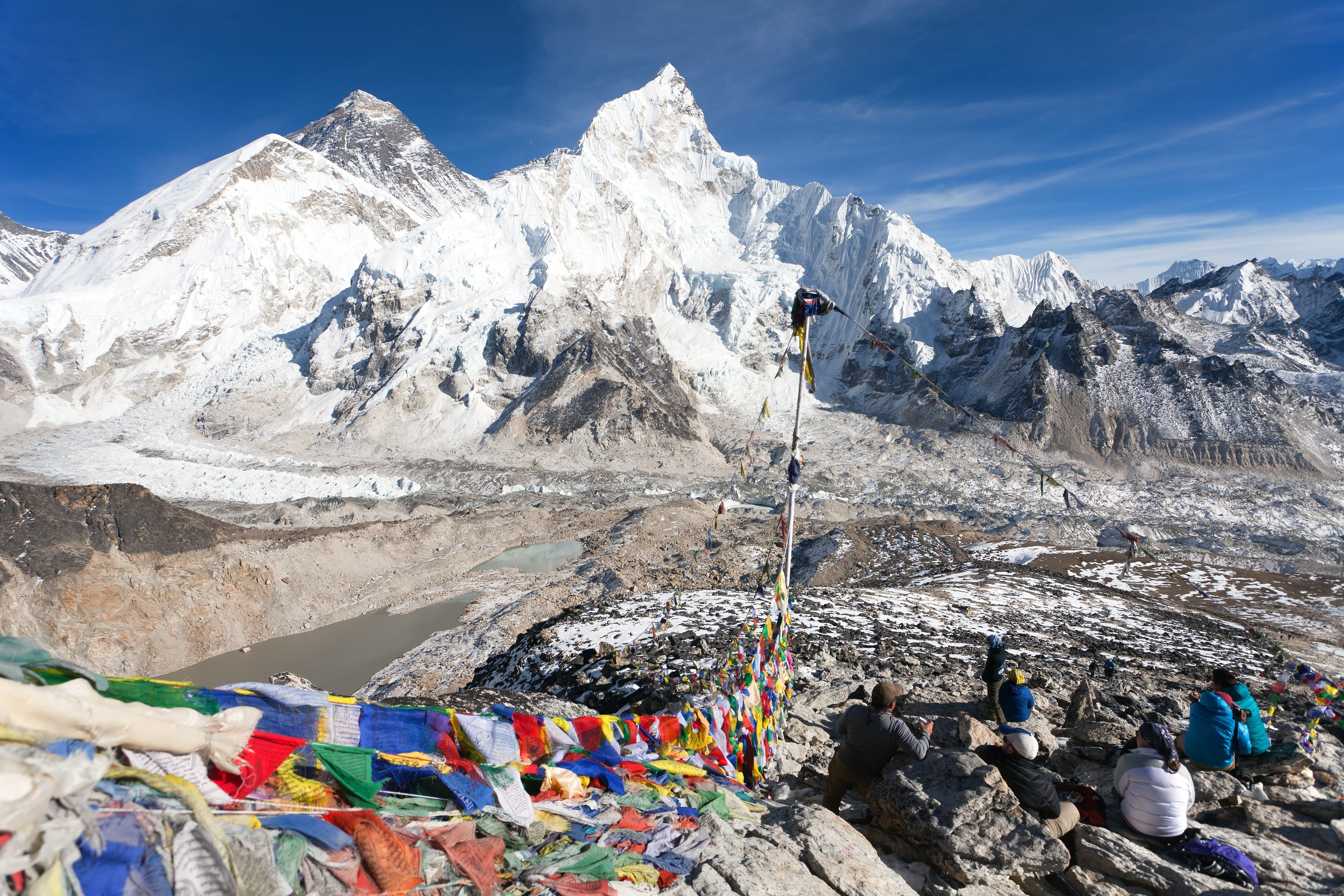 A view of Mt Everest, Lhotse and Nuptse in Sagarmatha National Park, Nepal © Daniel Prudek / Shutterstock
