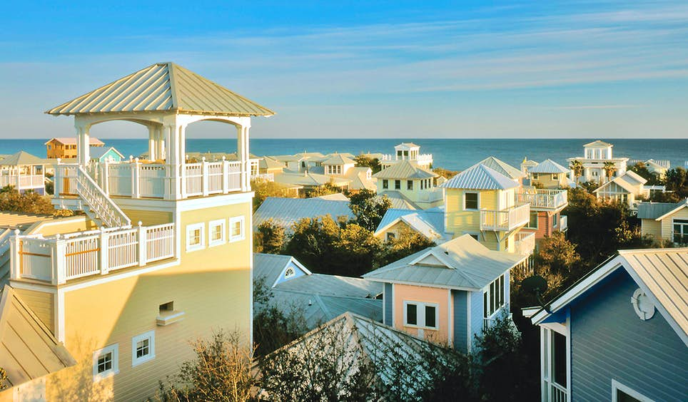 The Emerald Coast is silver-screen ready: the town of Seaside even starred in <em>The Truman Show</em>  © Visit South Walton