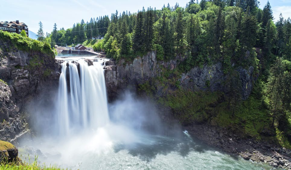 Fans of cult TV hit <em>Twin Peaks</em> will recognise Snoqualmie Falls ©  Westend61 / Getty Images