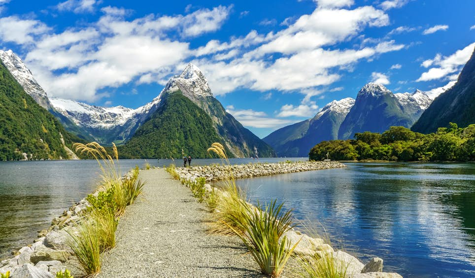 The eighth wonder of the world? Rudyard Kipling thought so: Milford Sound, on the west coast of New Zealand's South Island © Marconi Couto de Jesus / Shutterstock