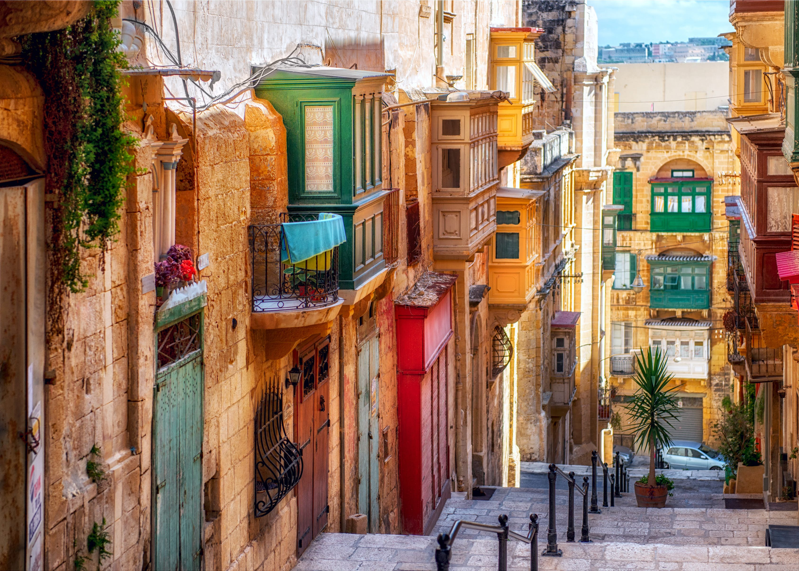 Attractively adorned Maltese townhouses line the streets of Valletta, a European Capital of Culture in 2018 © liseykina / iStockphoto / Getty Images