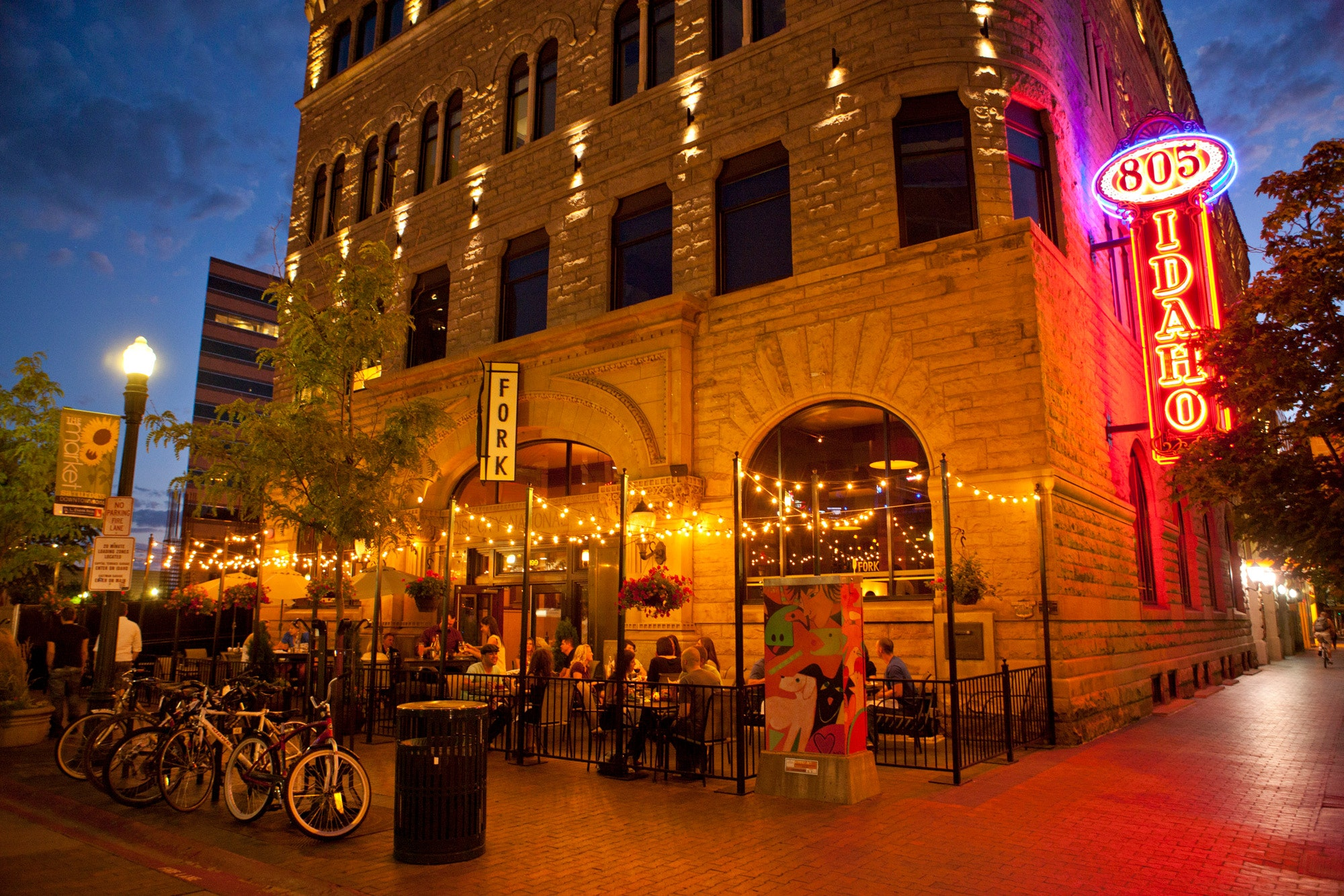 Downtown Boise is home to award-winning restaurants, wineries and craft breweries © Boise Convention & Visitors Bureau